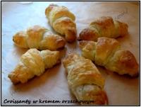 croissanty z kremem orzechowym