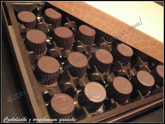 czekoladki z orzechowym ganachem