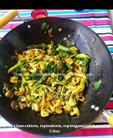 Stir-fry szparagi makaron udon