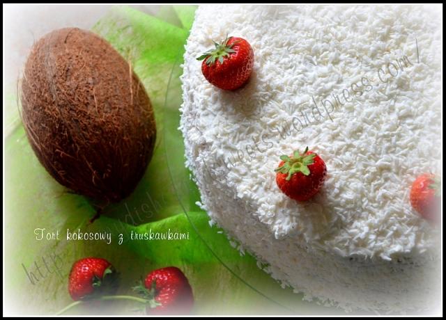 Torcik kokosowy (raffaello) z truskawkami